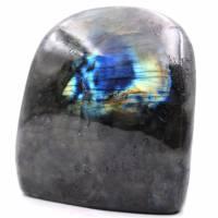 Bloque de piedra labradorita para decoración y colección.