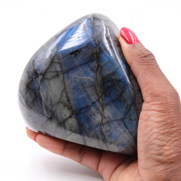 Piedra protectora de labradorita