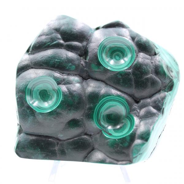 Piedra malaquita semipulida