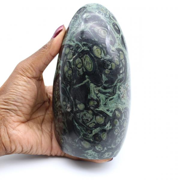 Piedra de jaspe kambaba pulida