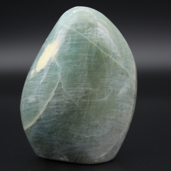 Piedra garnierita pulida