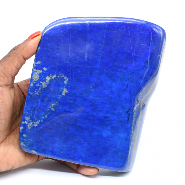 Gran bloque de lapislázuli pulido